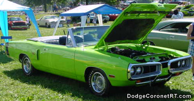 1970 Dodge Coronet R/T Convertible. Photo from 2000 Mopar Nationals - Columbus, Ohio.