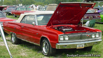 1967 Dodge Coronet R/T Convertible. Photo from 2001 Mopar Nationals - Columbus, Ohio.