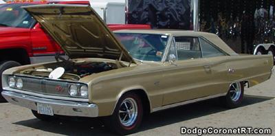 1967 Dodge Coronet R/T. Photo from 2002 Columbus Chrysler Classic - Columbus, Ohio.