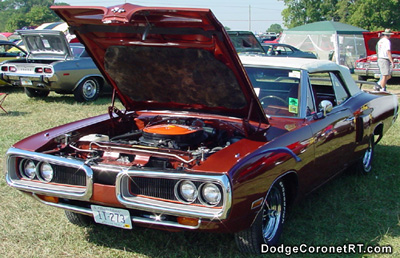 1970 Dodge Coronet R/T Convertible. Photo from 2002 Mopar Nationals - Columbus, Ohio.