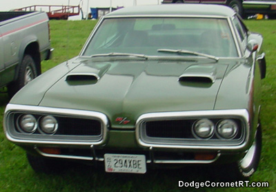 1970 Dodge Coronet R/T. Photo from 2003 Mopar Nationals - Columbus, Ohio.
