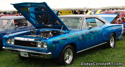 1968 Dodge Coronet R/T. Photo from 2004 Mopar Nationals - Columbus, Ohio.