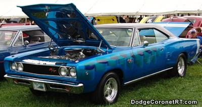 1968 Dodge Coronet R/T. Photo from 2004 Mopar Nationals - Columbus, Ohio.